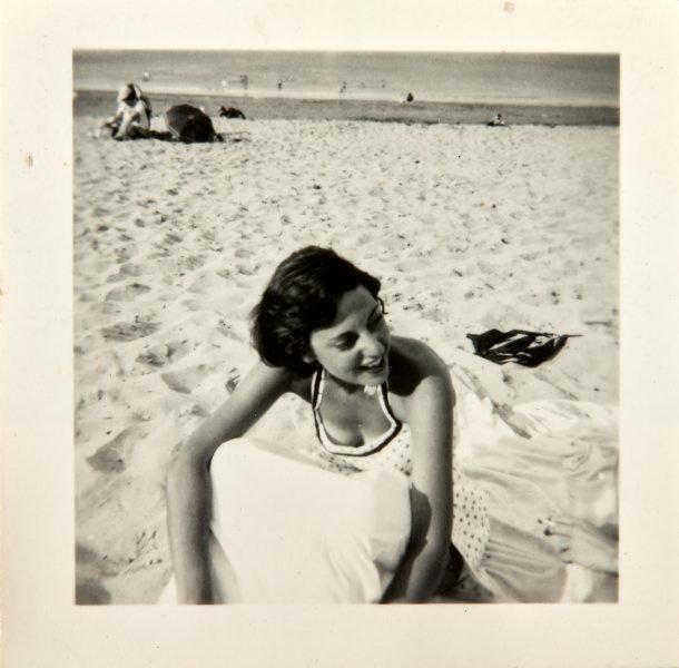 An image of Nina Mermey on the beach