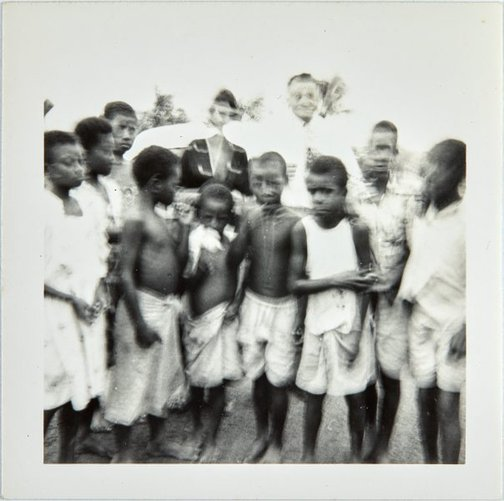 An image of Nina Mermey and Robert Klippel with children by Unknown photographer
