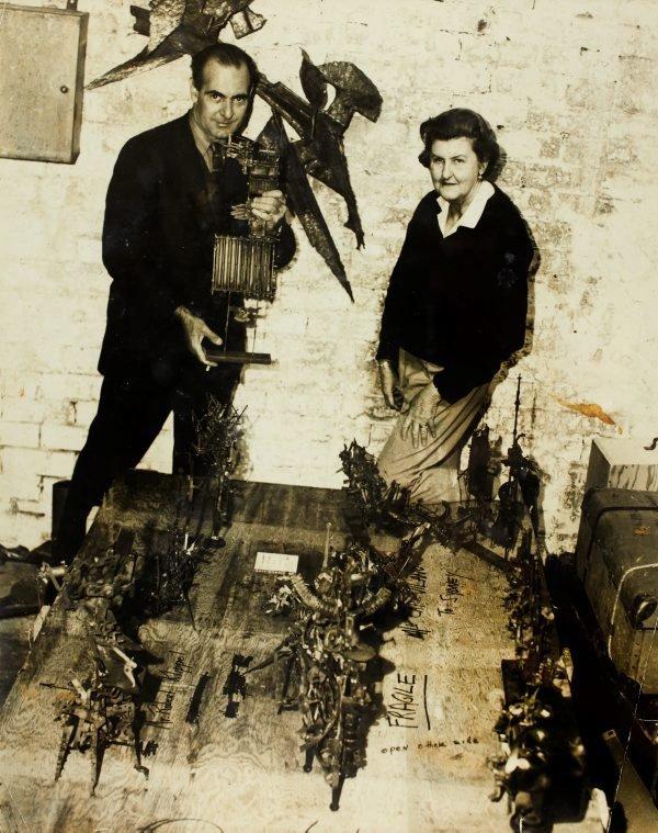 An image of Robert Klippel with Sheila McDonald at his Woolloomooloo workshop