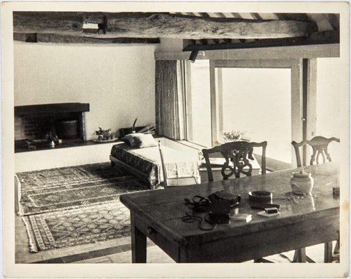 An image of View of the living room by Unknown