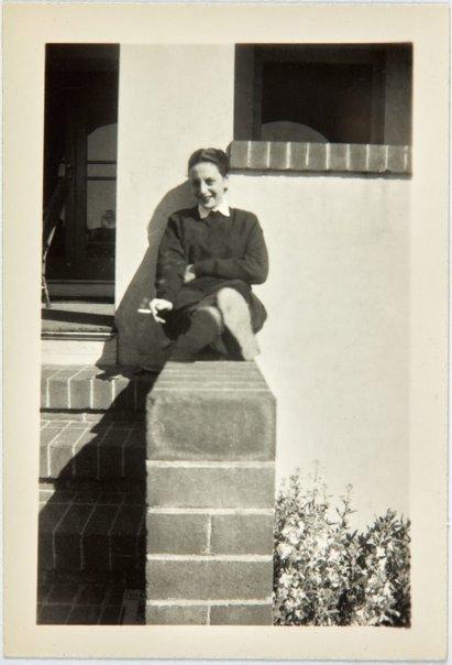 An image of Nina Mermey sitting in the sun by Robert Klippel