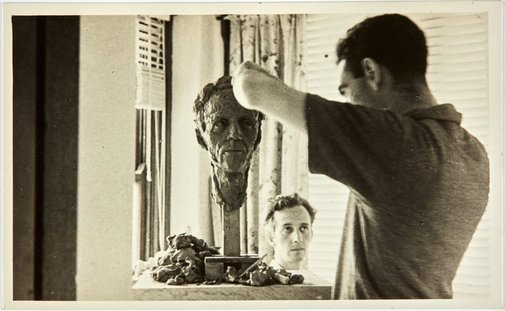 An image of Robert Klippel modelling the head of Cliff Brown by Rosemary Madigan