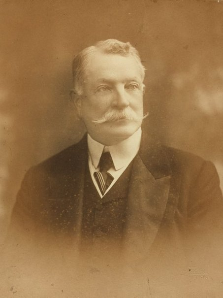 An image of Sir Francis Bathurst Suttor MLC by Talma & Co.