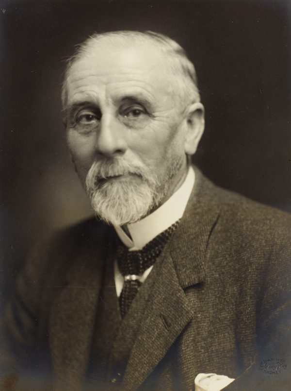 An image of Sir John Sulman