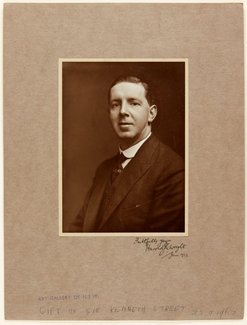 An image of Harold J. Wright by Unknown