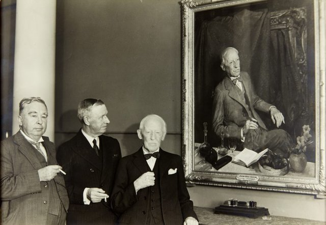 An image of Julian Rossi Ashton with his portrait by George W. Lambert