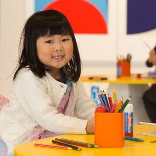Free family artmaking