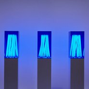 Image: Jonathan Jones blue poles 2004, installation view, Art Gallery of New South Wales © Jonathan Jones