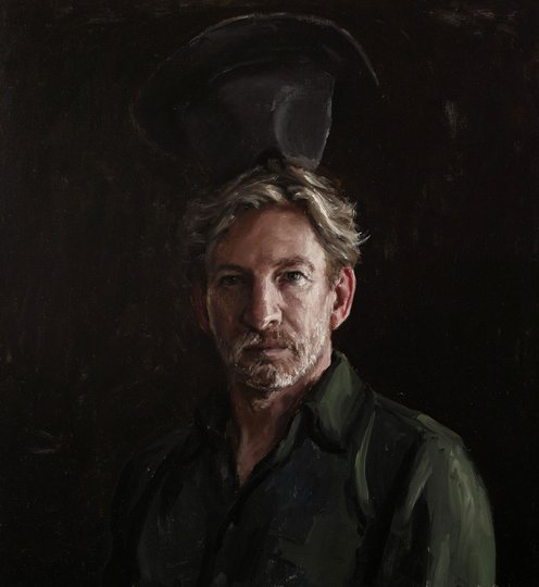 AGNSW prizes Jordan Richardson David Wenham and hat, from Archibald Prize 2018