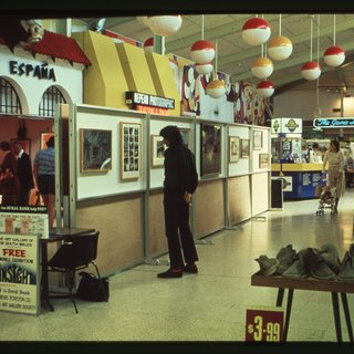 Contrasts, the first Onsight travelling exhibition, Penrith, Western Sydney, 1980. National Art Archive | Art Gallery of NSW